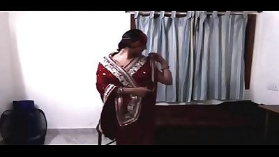 Indian bhabhi dance with devar in red saree